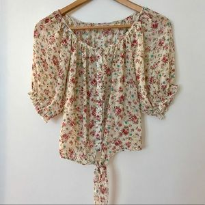 super cute body central flowy floral blouse